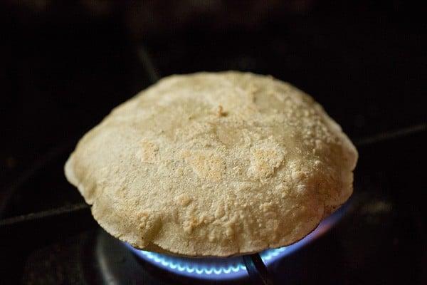 puffed up jowar rotis
