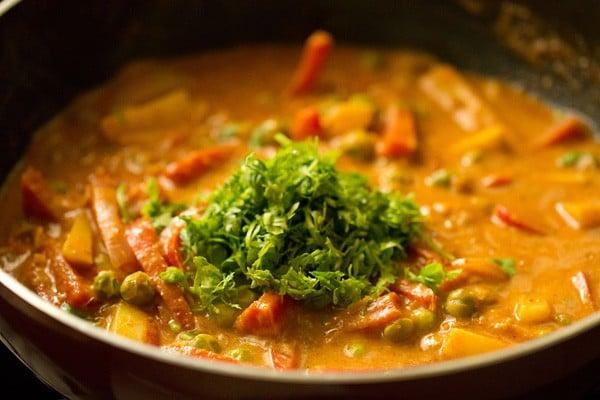 coriander for vegetable kadai recipe