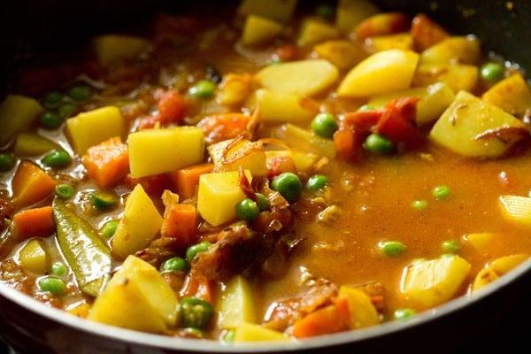 water for bombay biryani recipe