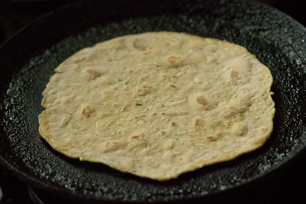 making lauki paratha recipe