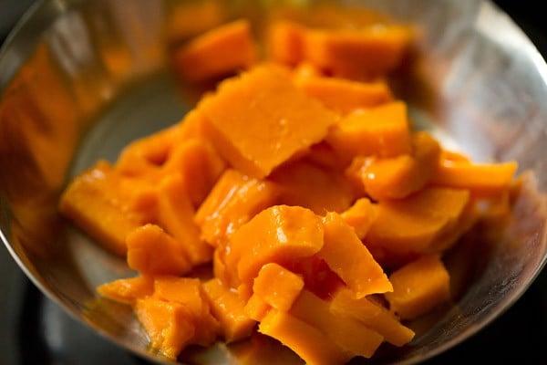 mangoes for mango mastani recipe