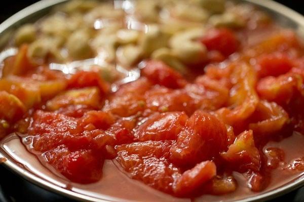 tomatoes for for mushroom tikka masala recipe