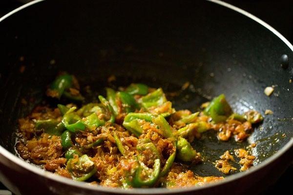 making mushroom tikka masala recipe