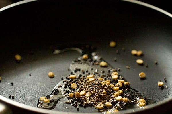chana dal for oats idli recipe