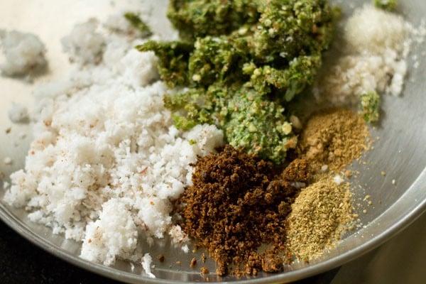 spices for bharli bhendi recipe