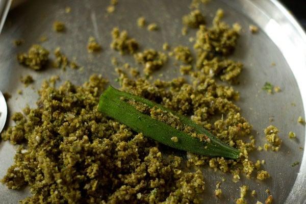 stuffing masala for bharli bhendi