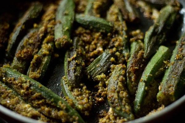 cooking bharli bhendi recipe