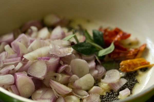 onions for koorka stir fry recipe