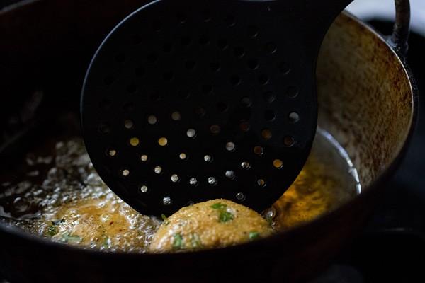 frying masala vada recipe