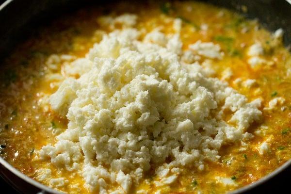 paneer for paneer bhurji gravy