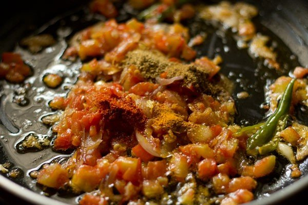 spices for bhindi fry recipe