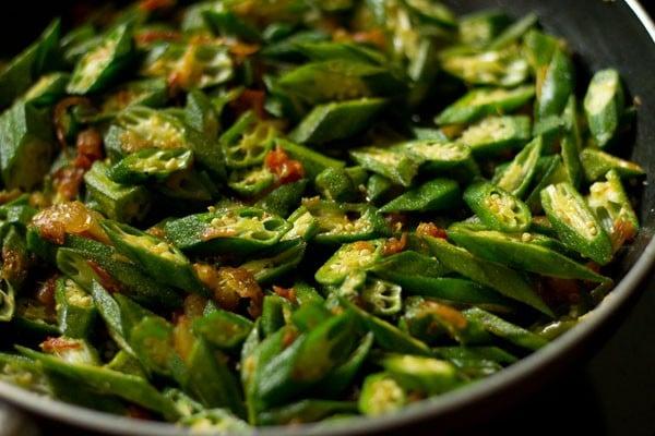 making bhindi fry recipe