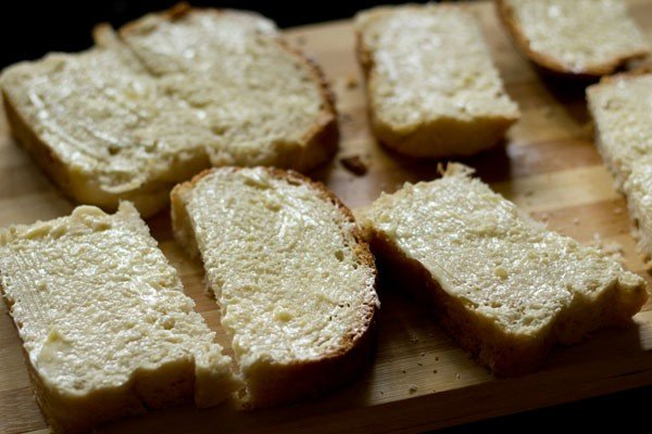 making cheese garlic bread recipe