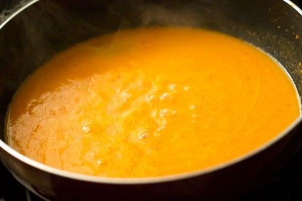 making aloo kofta gravy recipe