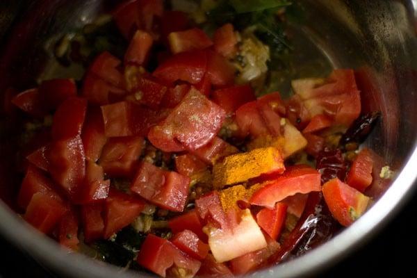 tomatoes for garlic rasam recipe