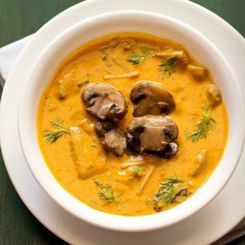 mushroom butter masala recipe, mushroom makhani recipe