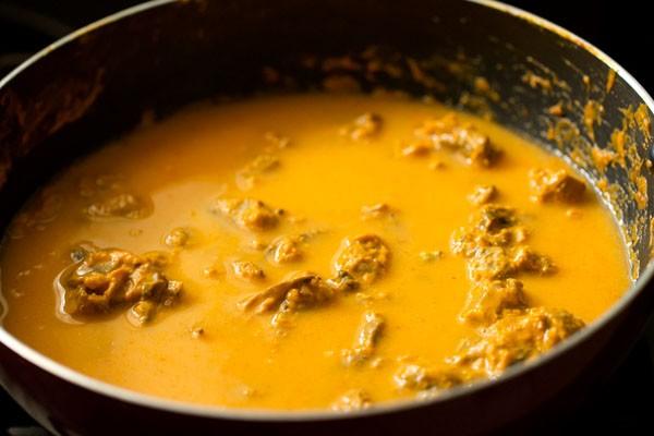 water for mushroom butter masala recipe