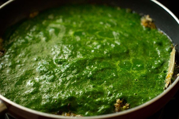 palak puree for palak paneer recipe restaurant style