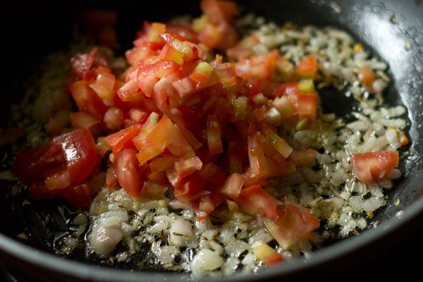 tomatoes for paneer fried rice recipe