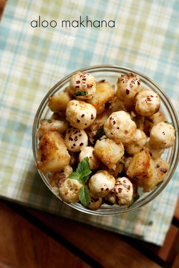 aloo makhana recipe