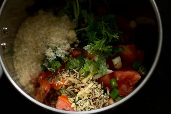 gravy for aloo biryani recipe
