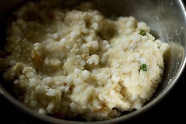 mixture for sabudana tikki recipe