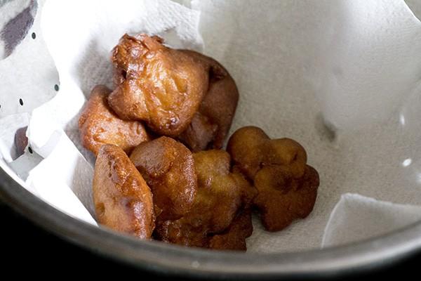 yereyappa recipe, sweet appam recipe, karnataka rice appam recipe