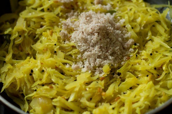 coconut for cabbage poriyal recipe