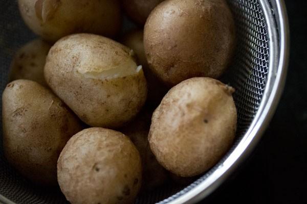 potatoes for chutney wale aloo recipe