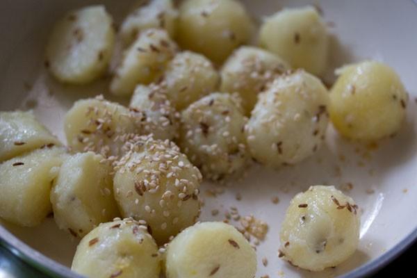 sesame for chutney wale aloo recipe
