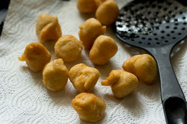 fried vadas for dahi bhalla recipe