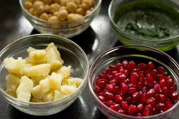 ingredients for dahi bhalle recipe