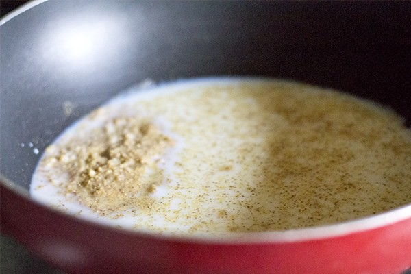 flour for besan kheer recipe