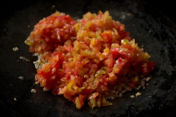 tomatoes for masala pav recipe