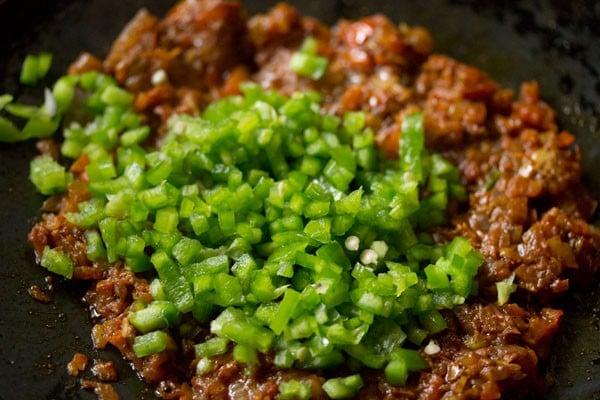 capsicum for masala pav recipe