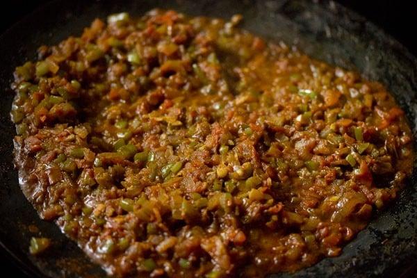 making masala pav recipe