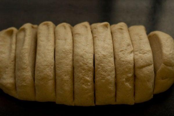 sliced pav dough