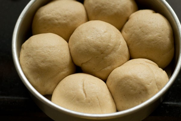 dough for laadi pav recipe in pressure cooker