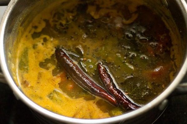 making vendakkai sambar recipe, okra sambar recipe, bhindi sambar recipe