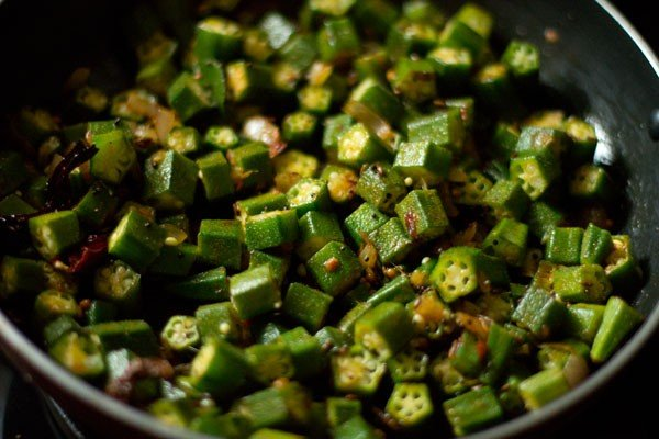 okra for making bendakaya vepudu recipe