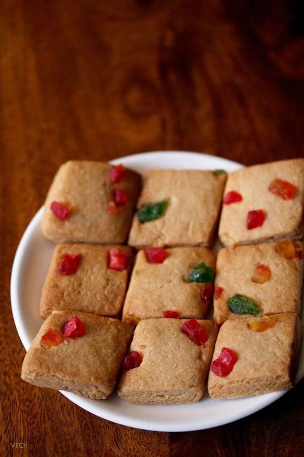 eggless tutti frutti biscuits