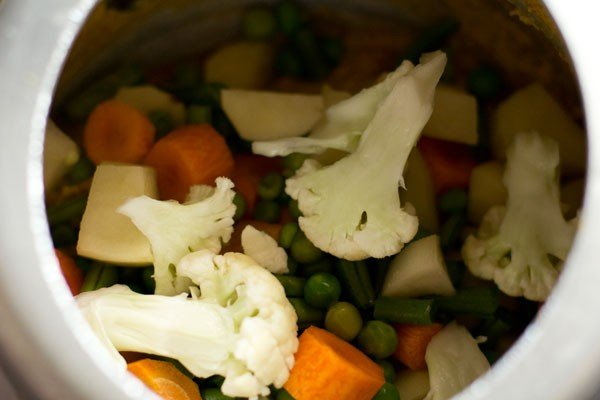 veggies for hotel style vegetable kurma recipe
