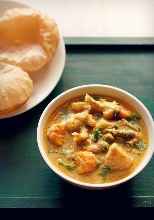 veg kurma recipe, veg korma recipe, vegetable kurma