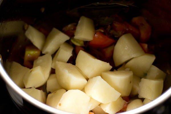 potatoes for vegetable tahiri recipe