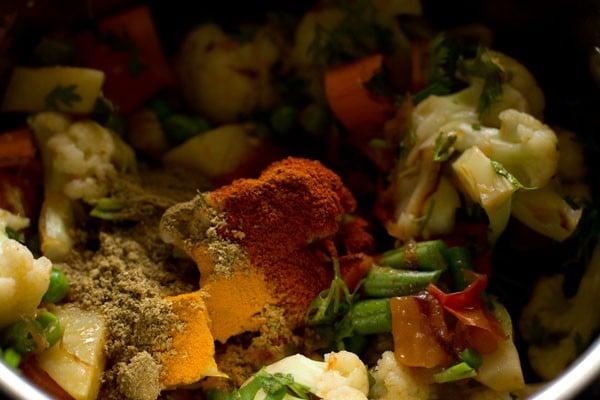spices for veg tahiri recipe
