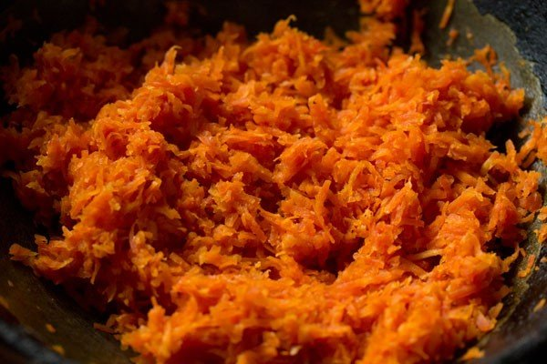 carrots for carrot burfi recipe