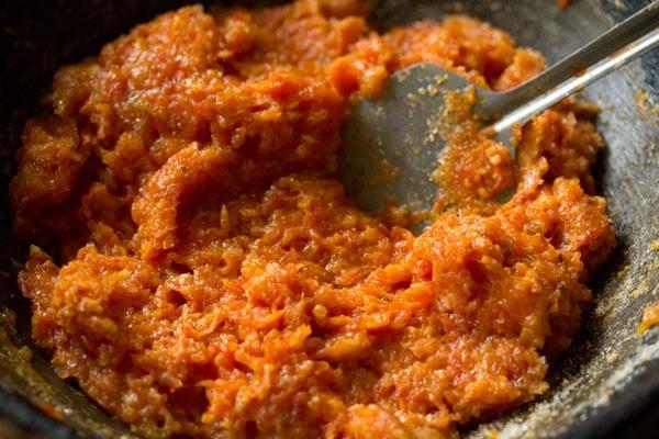 making gajar barfi recipe