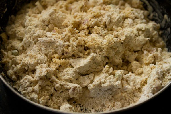 dough for making missi roti recipe