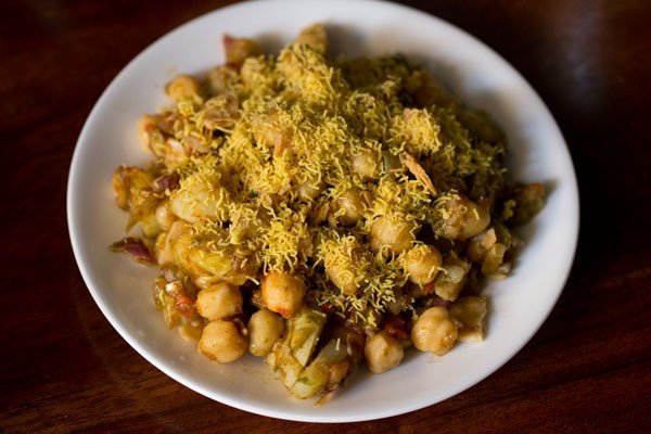 sev for aloo chana chaat recipe