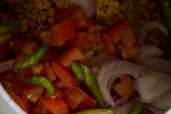 onions for dal tadka recipe